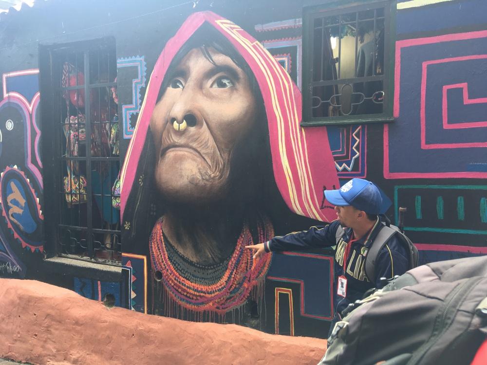 25 indigenous Cuna woman by Bogotá street artist Carlos Trilleras2