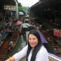 Mercados flotantes de Damnoen Saduaky luego en camino a Ayutthaya