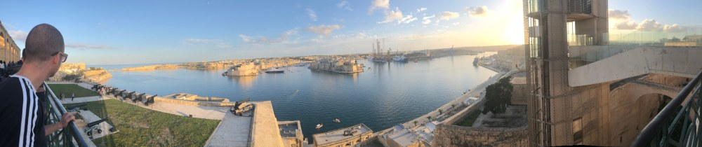 6-The Saluting Battery & Harbour (2)