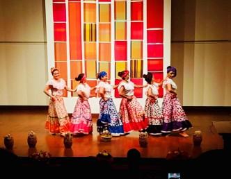 Danza Folclorica Colombiana en Londres - Grand Gala Talentos 2019 - Makerule Performed by Johanna, Jenny, Vanessa, Sandra, Francia, Tatiana. (1)
