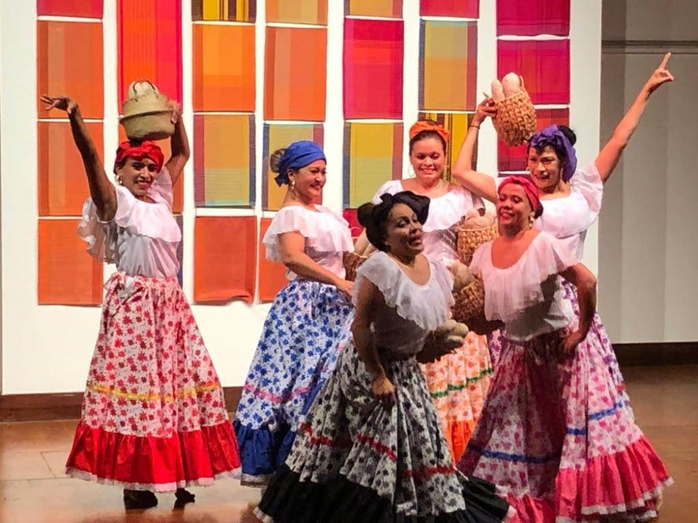 Danza Folclorica Colombiana en Londres - Grand Gala Talentos 2019 - Makerule Performed by Johanna, Jenny, Vanessa, Sandra, Francia, Tatiana. (2).jpg