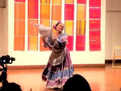 Danza Folclorica Colombiana en Londres - Grand Gala Talentos 2019 - Pasillo Voliao by Sandra, Tati, Johanna, Francia, Petter, Ney, Fredy (1)