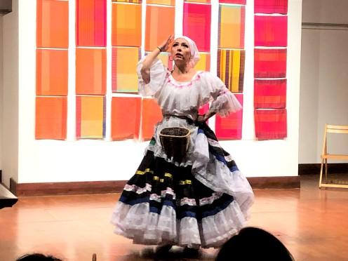 Danza Folclorica Colombiana en Londres - Grand Gala Talentos 2019 - Recogida de Cafe Y Baile Bravo (1)