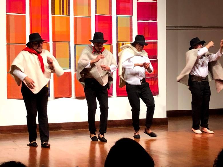 Danza Folclorica Colombiana en Londres - Grand Gala Talentos 2019 - Torbellino Performed by Petter, Libardo, Ney, Fredy.jpg