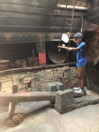 Visiting Diaojiaolou - Stilt House in Ancient Zhuang Village (2)
