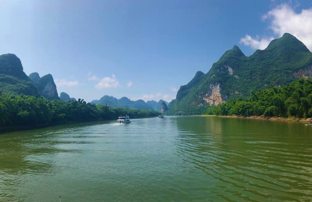 Li River Cruise Journey from Mopanshan Pier to Yangshuo - By Jenny Rojas (1)