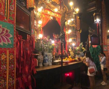 2-Hong Kong Day Experience 5 - Man Mo Temple Aug 2019 - by Jenny Rojas