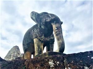 8- Angkor Complex - East Mebon by Jenny Rojas - Jun17 - Carved Elephants