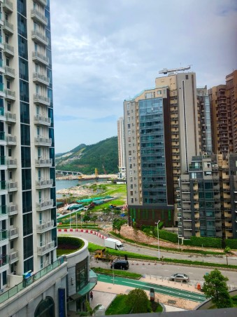 Arriving in Hong Kong - By Jenny Rojas Aug19
